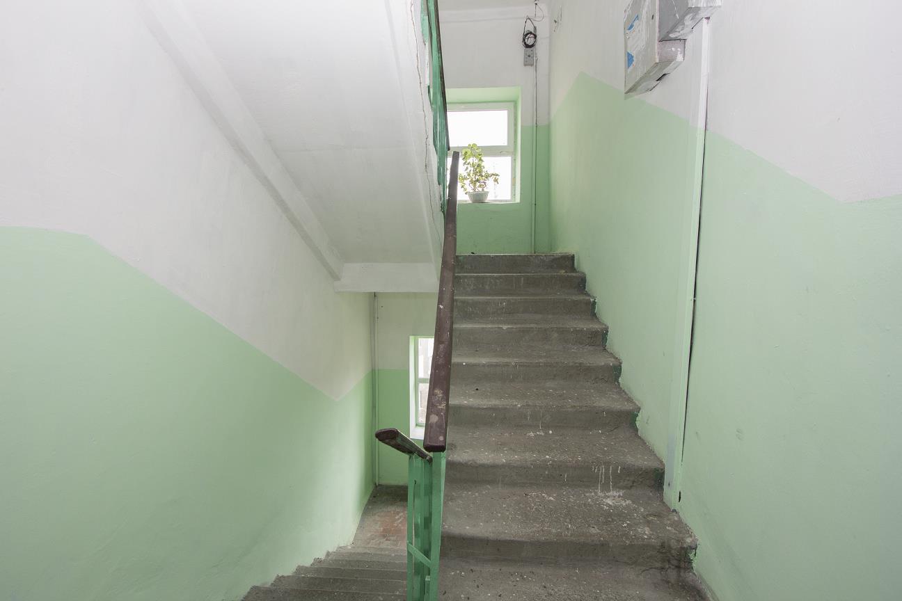 продажа трехкомнатной квартиры номер A-161878 в Приморском районе, фото номер 12